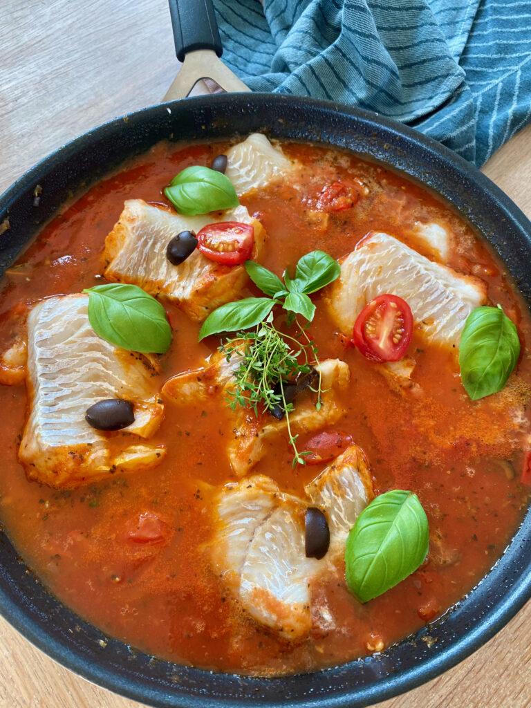 Torsk i tomatsauce